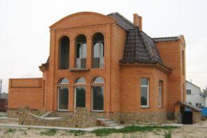 stroitelstvo-domov-iz-kirpicha-15